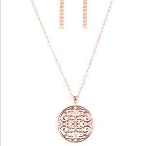 NWT Paparazzi Necklace & Earring Set